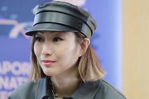 Last month, Sammi Cheng vowed to protect her marriage after Andy Hui tearfully confessed that he had made a mistake after he and Jacqueline Wong were caught kissing in a taxi.