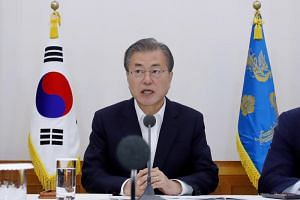 South Korean President Moon Jae-in promised to provide active support for domestic production of the sanctioned materials, while urging the companies to rely less on imports for core technologies, devices and materials.