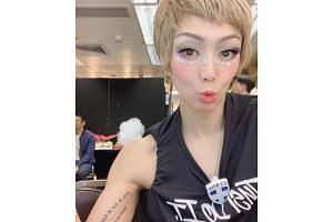 A photo posted by Sammi Cheng to her Instagram showed disgraced husband Andy Hui sitting in the background, dividing her fans online.