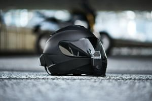 Argon Transform consists of a rear-view camera, a front dash-cam with a HUD attachment and a handlebar remote control.