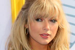 Taylor Swift said she had signed with Universal Music Group instead of staying at Big Machine because she knew that re-signing would result in her not owning her future work.