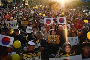 Supporters of South Korea's Justice Minister Cho Kuk rally in Seoul on Oct 12, 2019.