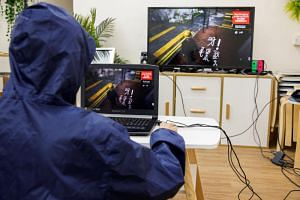 The first-person game allows players to dodge tear gas, duck behind burning barriers and run from riot police.