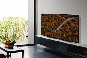 LG CX television.