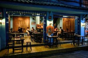 Bangkok's restaurants can continue to serve dine-in patrons for two more hours, until 9pm.