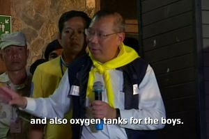 "Oxygen ""biggest obstacle"" in cave rescue"