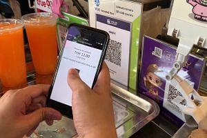 Using Singtel Dash at Bangkok's Chatuchak market