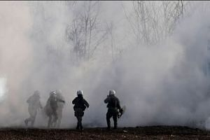 Teargas fired at Greek-Turkish border