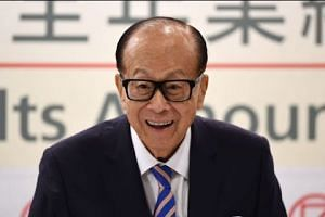 Hong Kong's richest man calls it quits at age 89