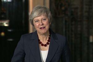 British Cabinet backs PM Theresa May's Brexit plan