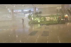 Smoke inside Changi Airport