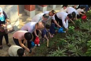 Tree Planting Day at Tiong Bahru CC to mark the 2nd anniversary of the death of Mr Lee Kuan Yew's passing.