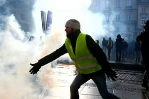 France faces a 10th wave of protests