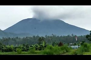 Smoke spewing from Mount Agung in Bali