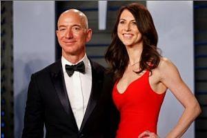 Amazon's Jeff Bezos, wife MacKenzie to divorce