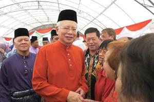 Najib holds Hari Raya open house in Pekan