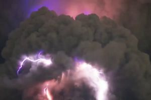 Time-lapse of lighting storm swirling round Philippine volcano