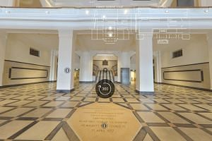 See 360-degree panoramas of National Gallery's foyers and rooms. Go to str.sg/ZR4S