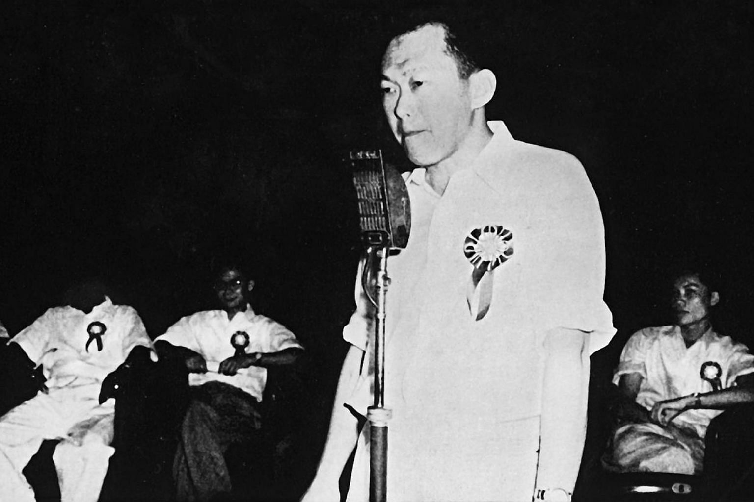 Mr Lee Kuan Yew addresses the inaugural meeting of the PAP held at the Victoria Memorial Hall on Nov 21, 1954. He said that the party would strive to end colonialism by establishing an independent national state of Malaya, consisting of the Federatio