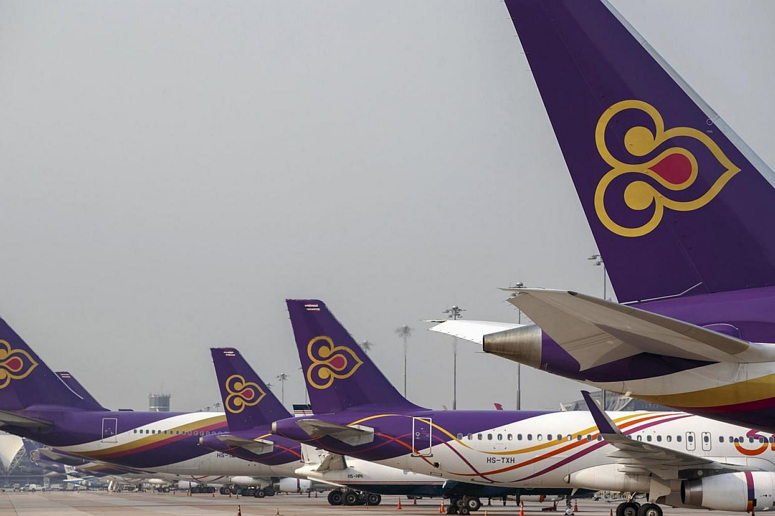 Japan's civil aviation agency has lifted a charter flight ban for Thai-registered airliners during April and May to help ease the impact on passengers, Thailand's Transport Minister, Air Chief Marshall Prajin Juntong, said on Wednesday, April 1, 2015