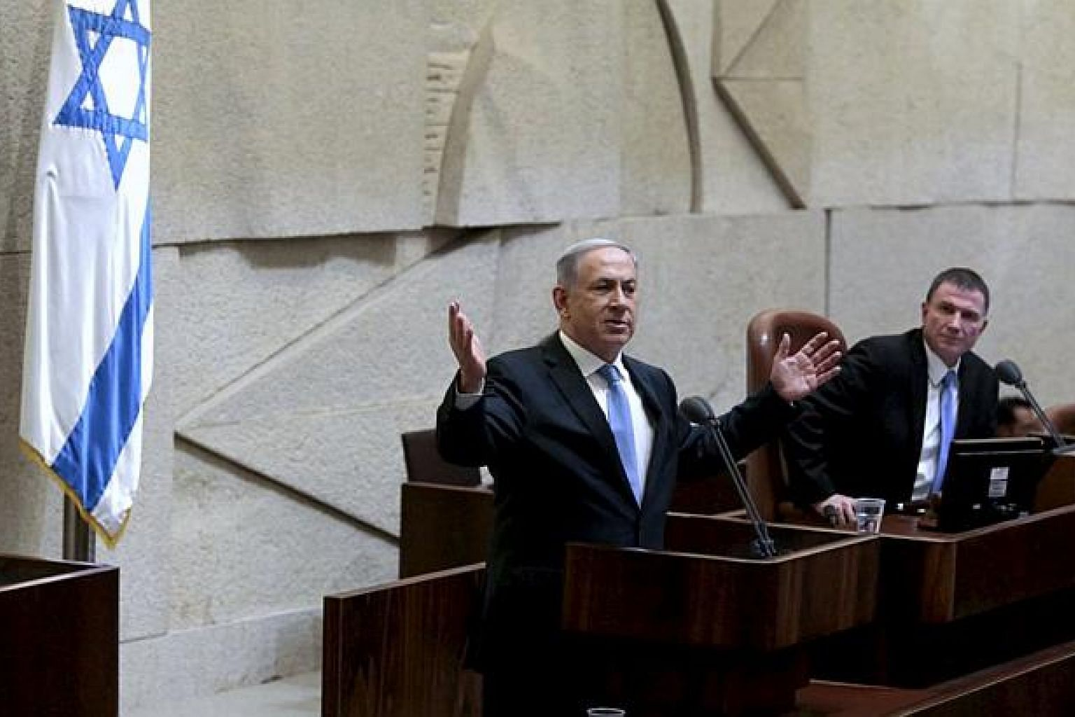 Israeli Prime Minister Benjamin Netanyahu delivers a speech in the Knesset, the Israeli parliament, before his new government is sworn in following the mid-March general elections, in Jerusalem May 14, 2015. -- PHOTO: REUTERS