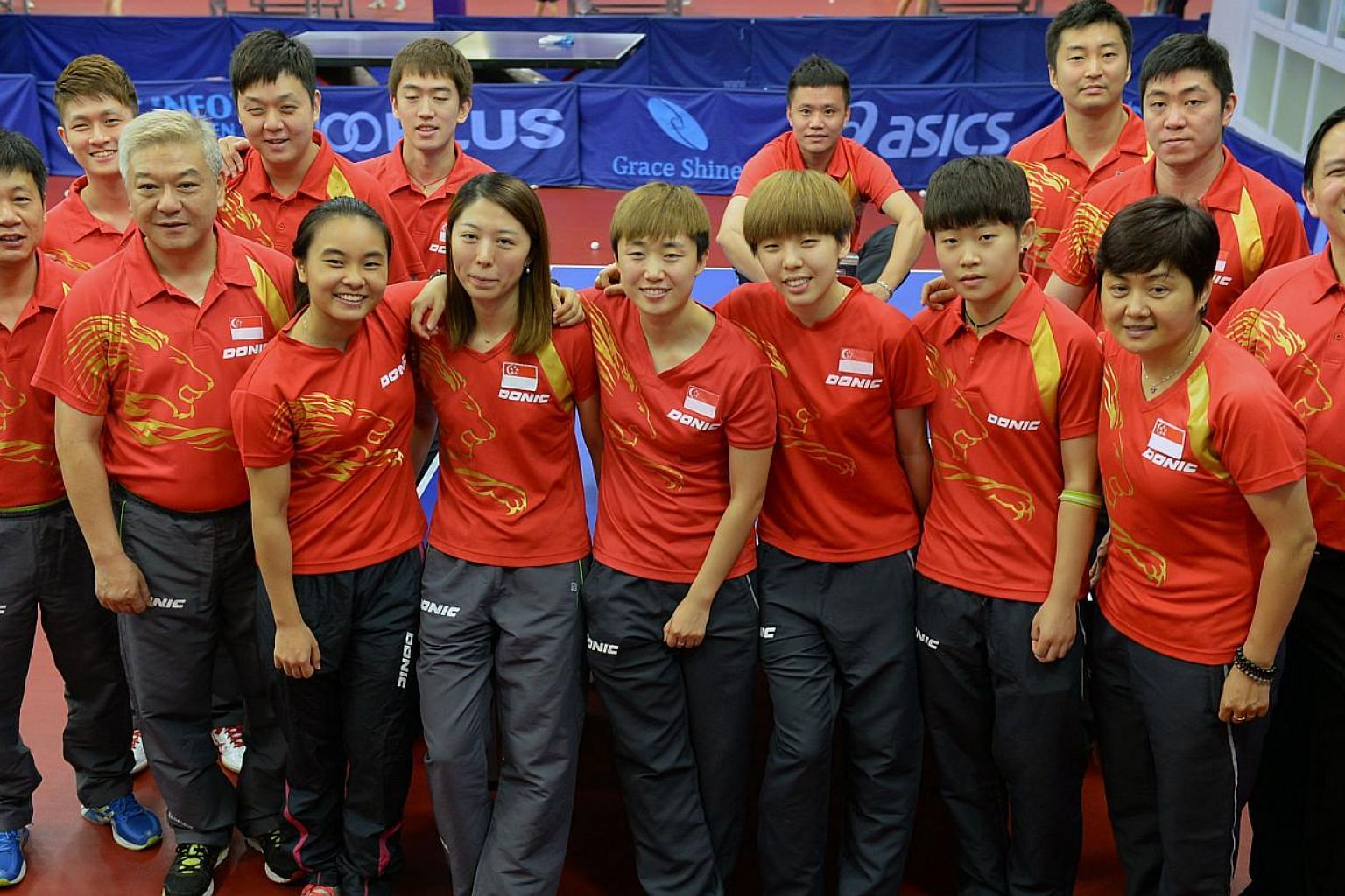 Singapore's paddlers will likely win the Republic's first gold medal even before the SEA Games cauldron is lit, but it is a sweep of all seven titles on offer that the team are after. -- ST PHOTO: DESMOND FOO