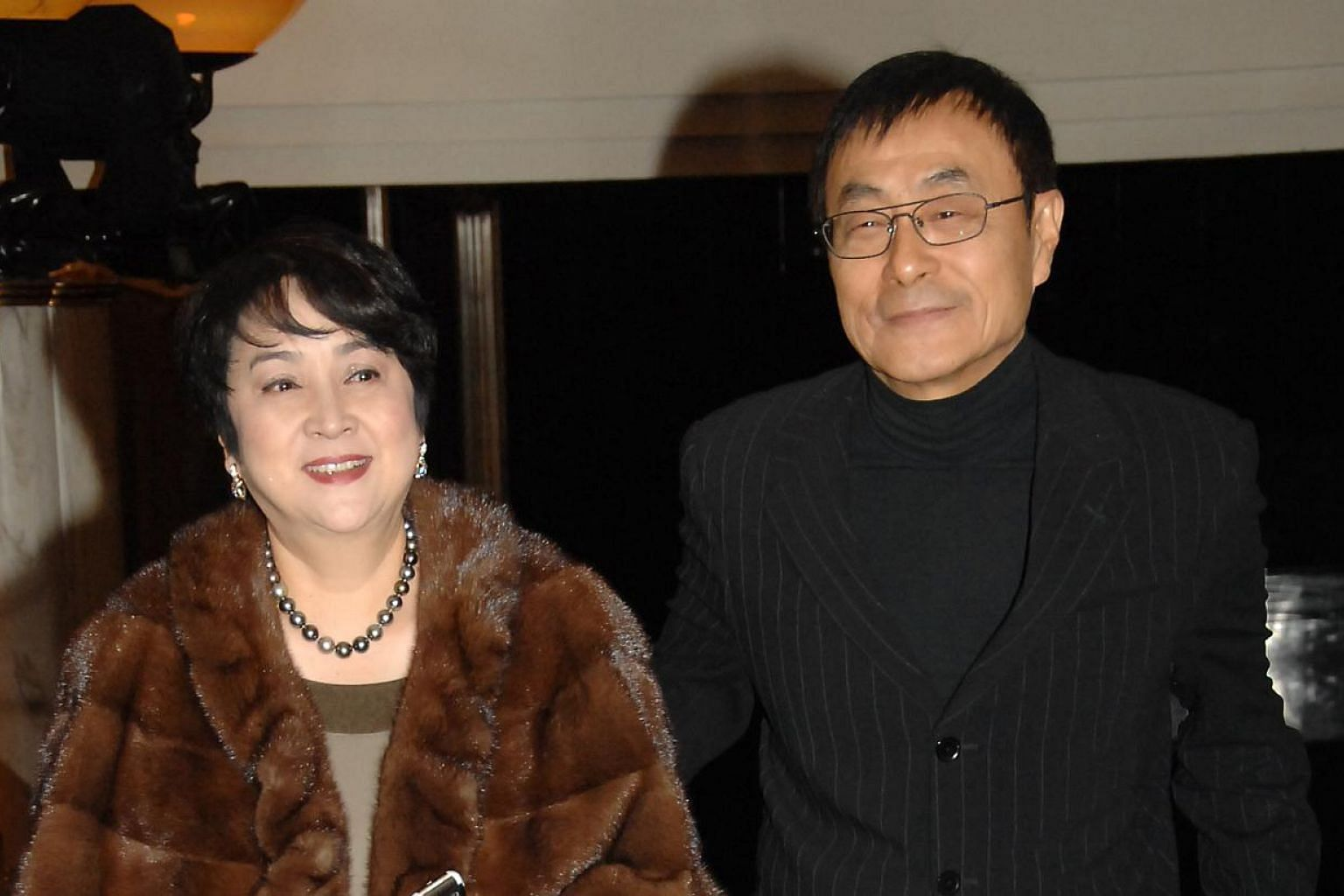 Seventies movie sweetheart Chen Chen (left) and legendary entertainer Liu Chia-chang (right) have been divorced for more than 20 years, but kept up the pretence of being married to protect their son, she revealed on Wednesday, May 20, 2015. -- PHOTO: