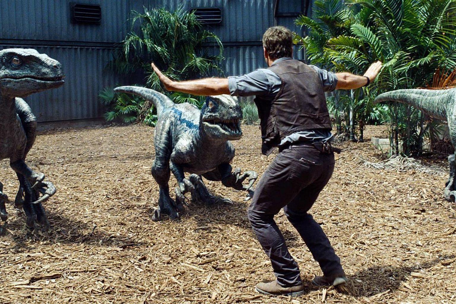 Things go awry in the dinosaur theme park.