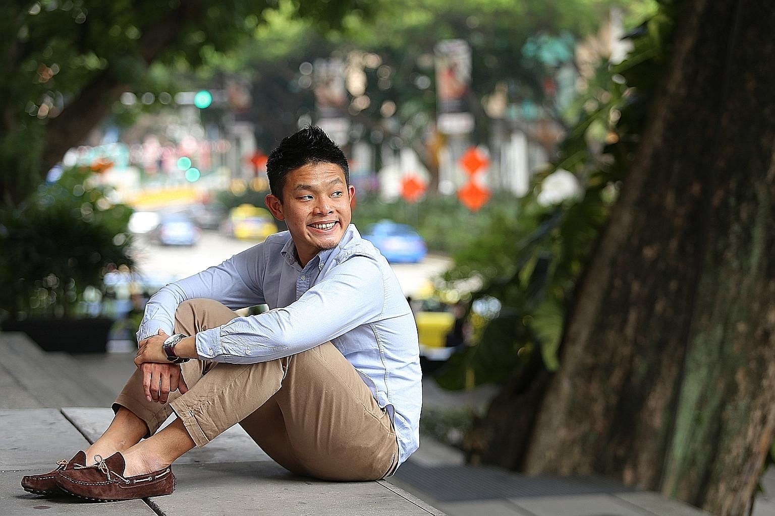 Mr David Hoe emerged from the academic wilderness to become a respected youth and student leader.