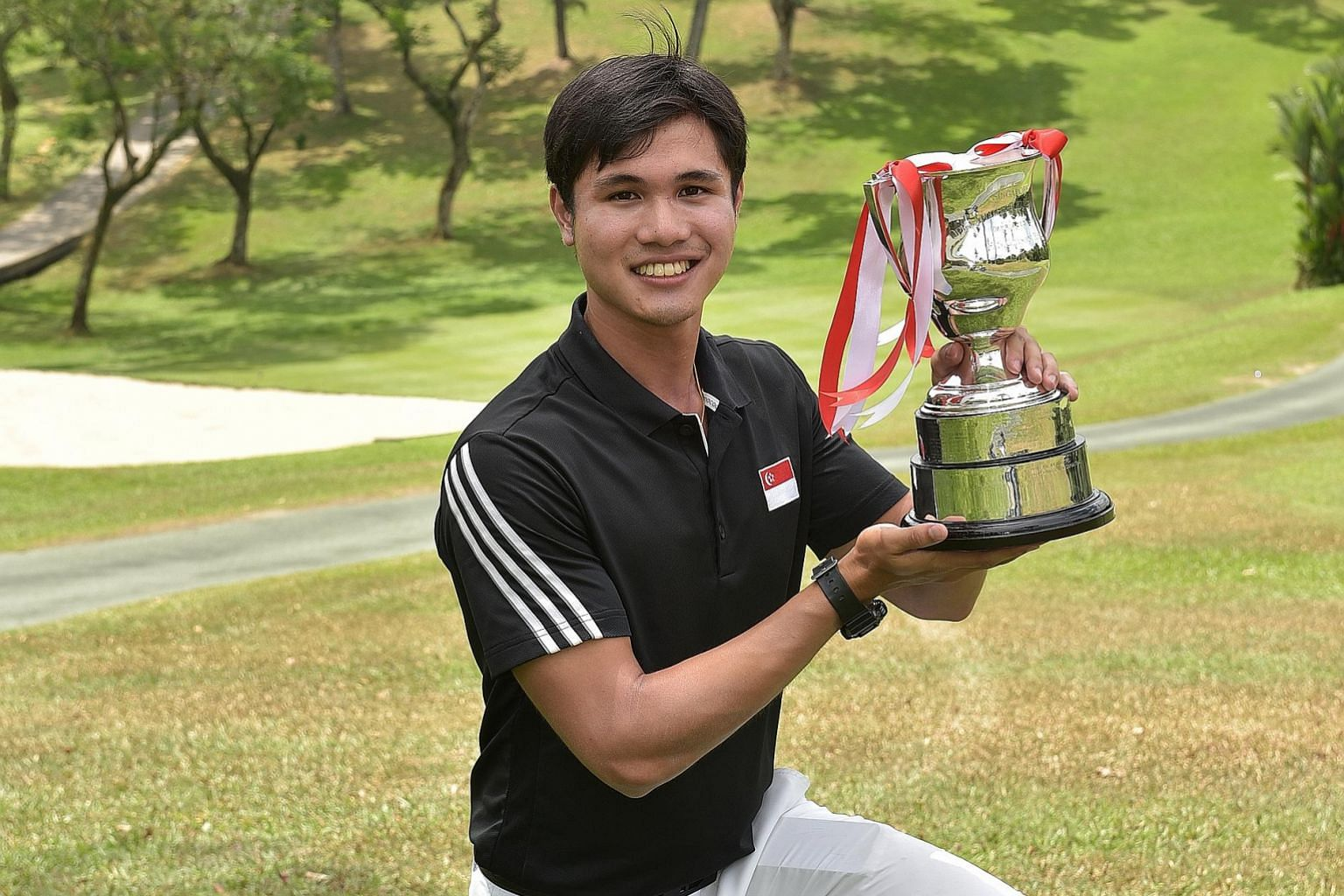 Gregory Foo's final-round 68 gave him a seven-stroke victory over a trio of rivals at the SICC's Island Course.