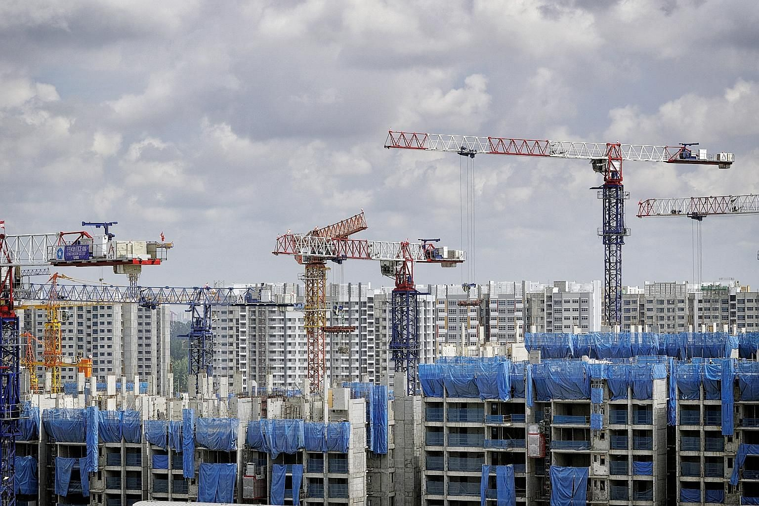 Some industry players and home owners are disappointed that there is nothing in this year's Budget to lift the flagging property sector, even though the Government had earlier indicated that it is premature to ease cooling measures. There were 23,271