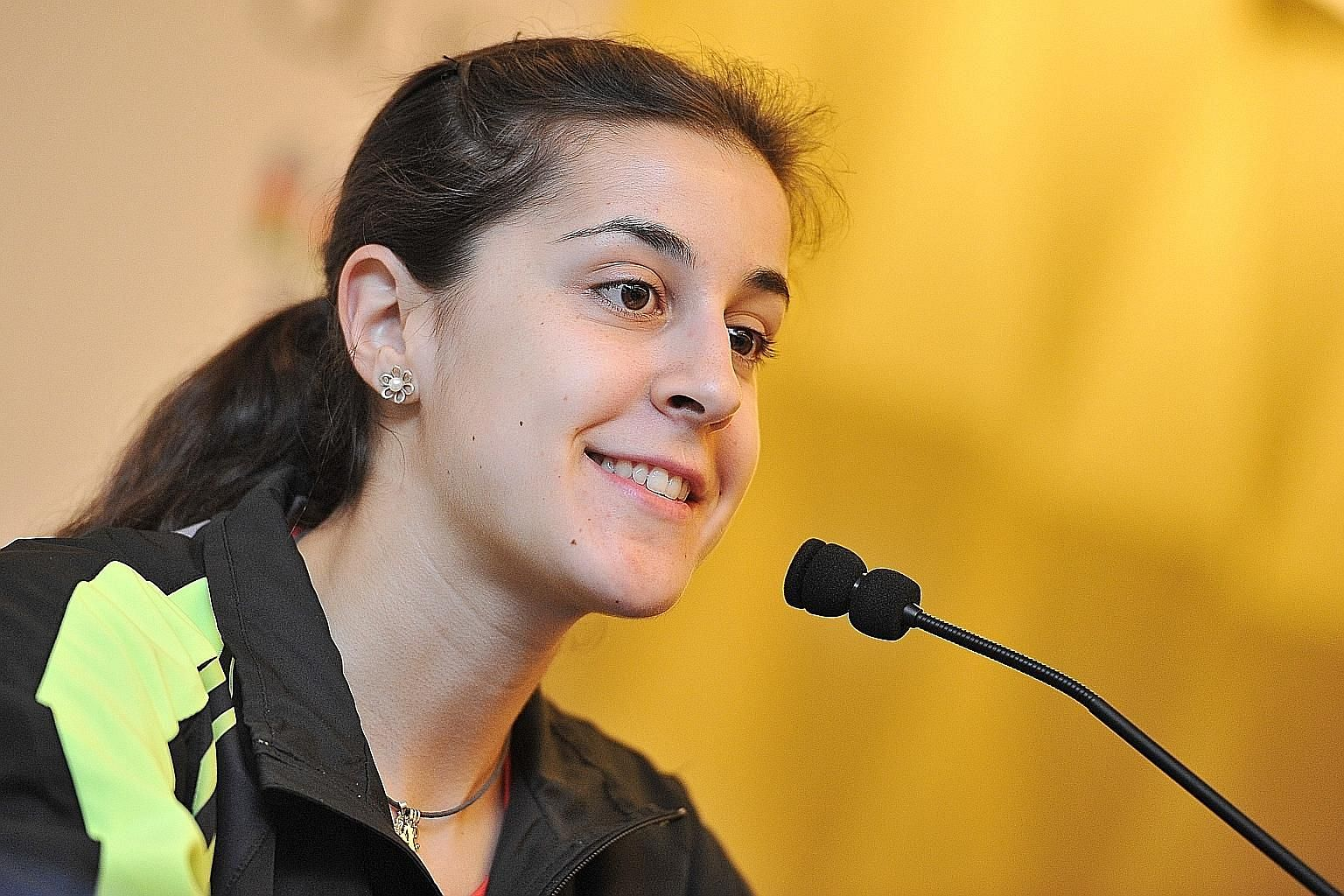 """With the OUE Singapore Open beginning today, world No. 1 Carolina Marin (above) of Spain said the most in-form player is Thailand's Ratchanok Intanon, who has won two successive titles in India and Malaysia. But Japan's Nozomi Okuhara declared: """"I ho"""