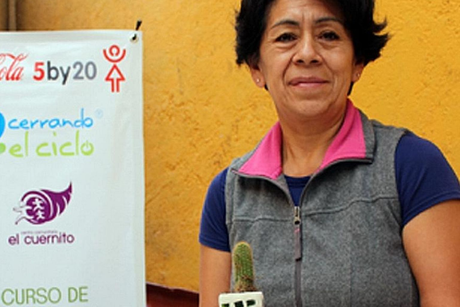 Cerrando el Ciclo (Closing the Cycle), a civil association set up in Mexico, has recycled tonnes of glass from bottles into necklaces, earrings, cufflinks and more.