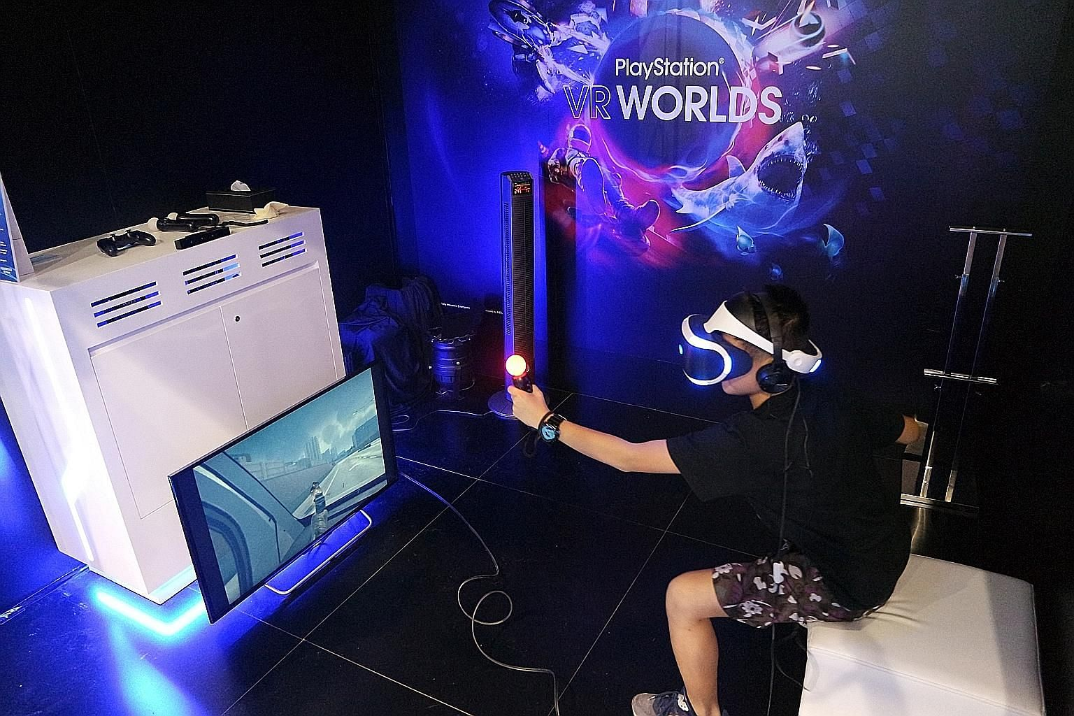 A gamer trying out the Sony PlayStation VR headset at Ani-Com & Games Hong Kong last week.