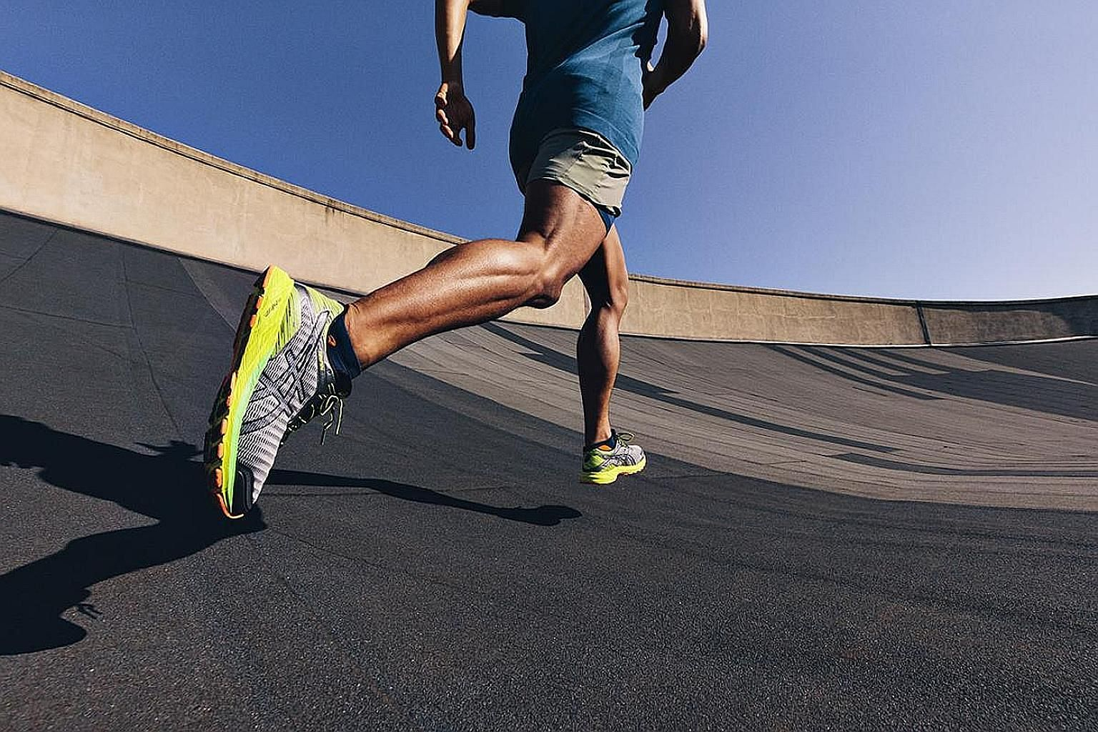 The DynaFlyte is the first Asics running shoe to feature a full-length FlyteFoam midsole.
