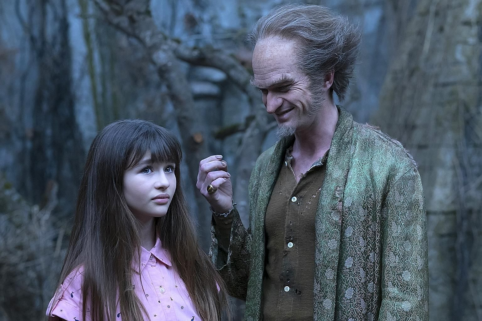 Neil Patrick Harris, who plays the devious Count Olaf, with Malina Weissman, one of the orphans in A Series Of Unfortunate Events.