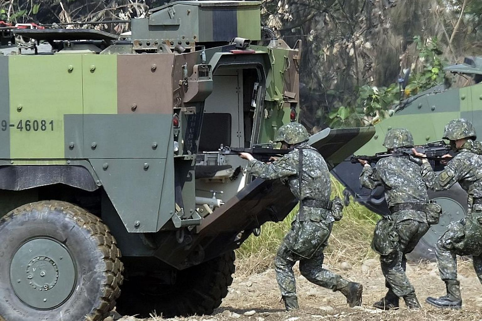 Taiwan special forces during an annual military drill in Taichung. Troops should hone their expertise in cyber warfare, say experts.