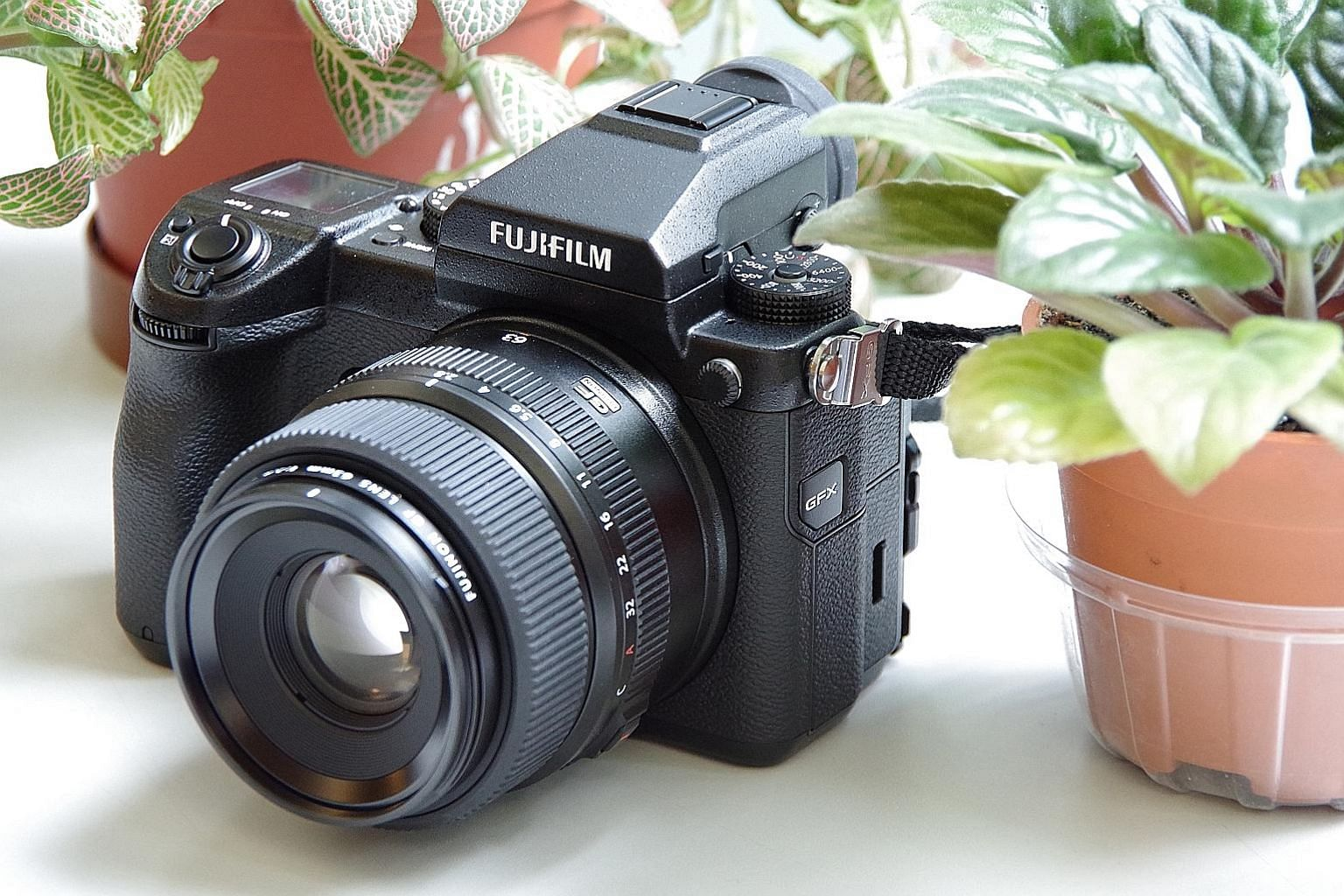 As a digital medium-format camera, the Fujifilm GFX 50S' $10,099 price tag might look staggering but is reasonable as most such cameras cost more than $20,000.