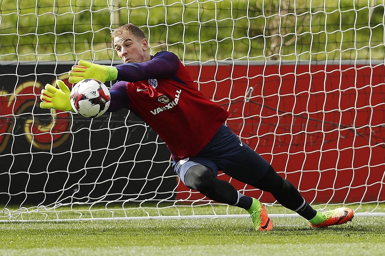 Joe Hart will earn his 70th cap as he captains England against Lithuania, guiding them towards qualifying for Russia 2018. Lithuania are three places and five points behind England.
