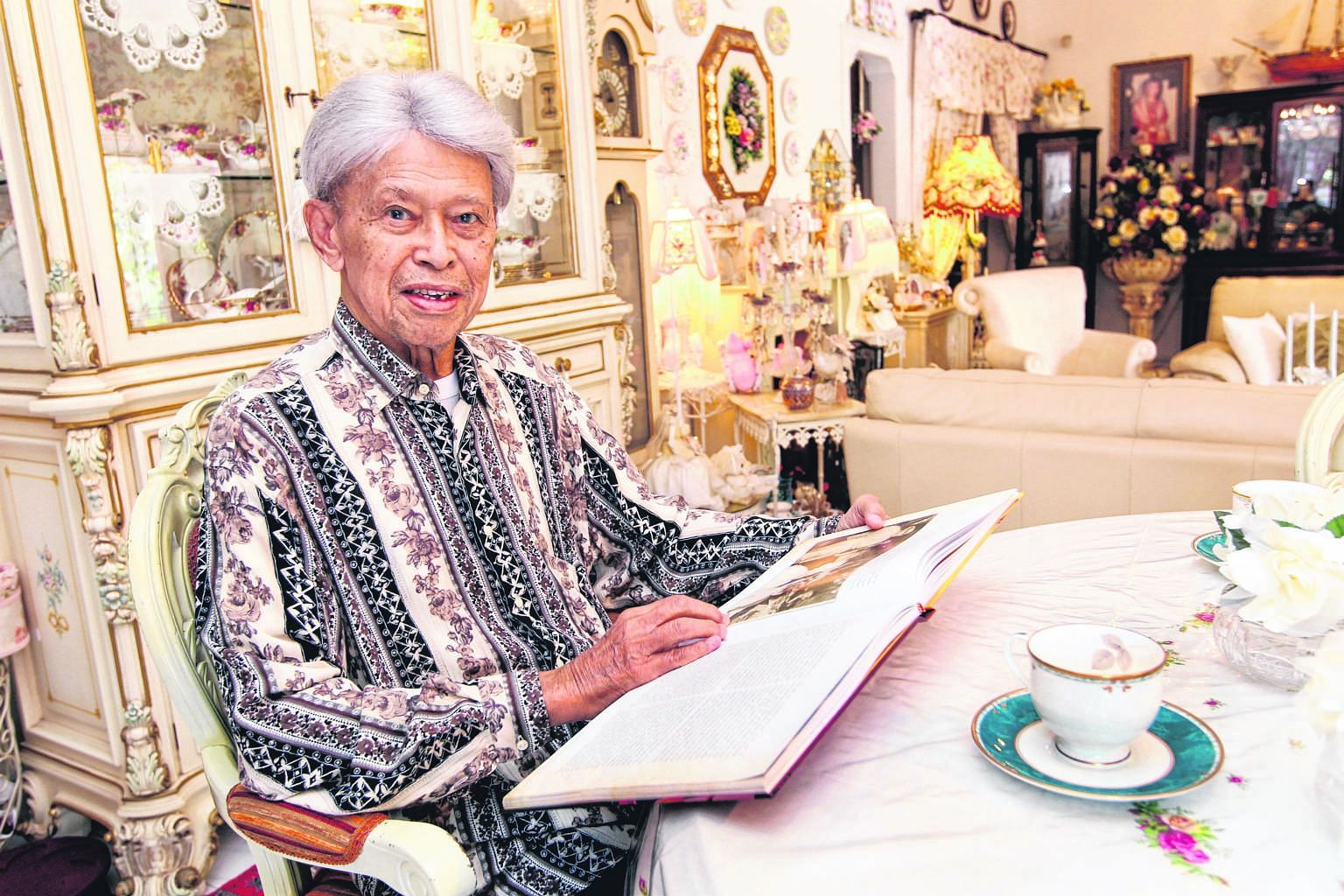"In standing up for a multiracial Singapore, Mr Othman was in the 1960s denounced by Malay supremacists as a ""traitor to the Malay race"", and received death threats. After Singapore's 1964 race riots, Mr Lee Kuan Yew relied heavily on Mr Othman to def"