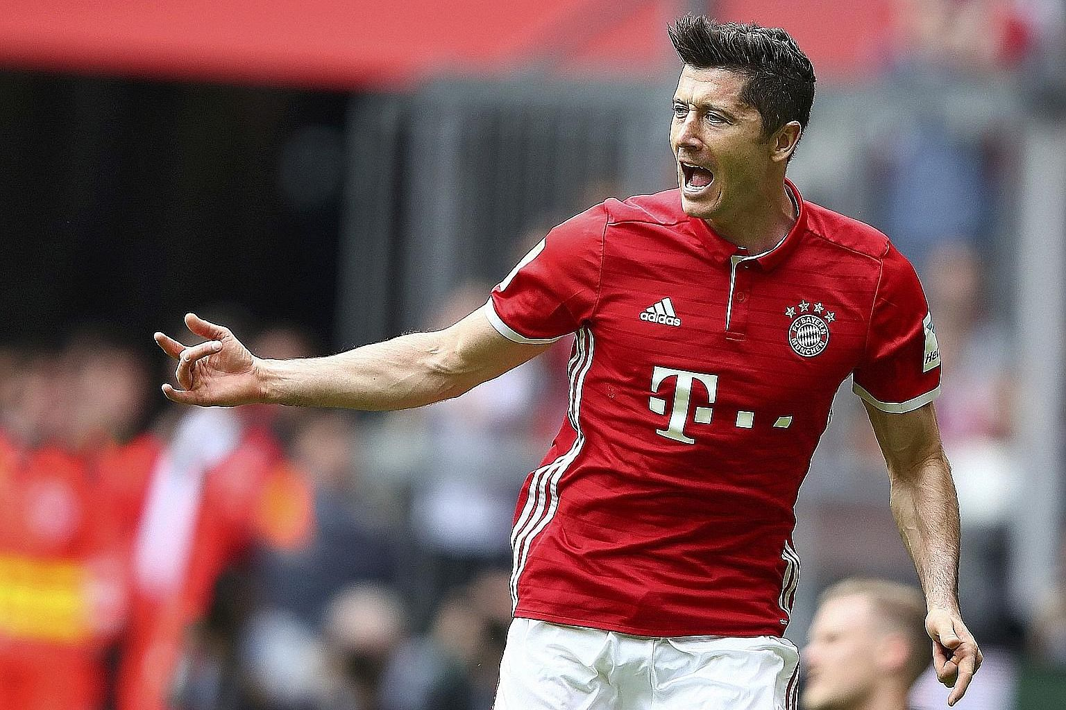 Robert Lewandowski's return will be cheered by Bayern, with Javi Martinez suspended and Mats Hummels and Jerome Boateng not fully fit yet.