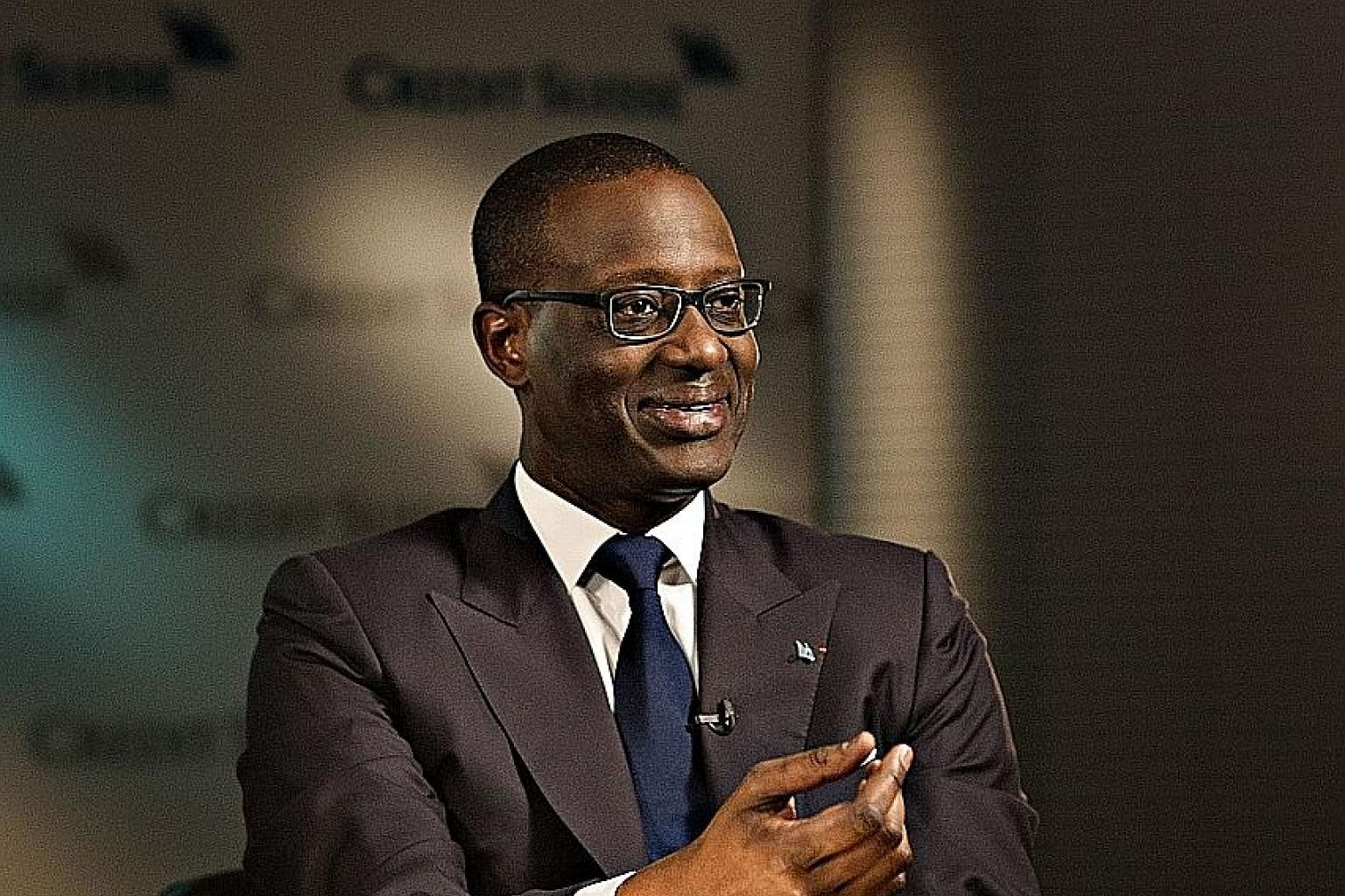 Mr Tidjane Thiam said the capital raise will strengthen the bank's balance sheet and allow it to invest in growth at highly attractive returns. The bank reported net profit of 596 million Swiss francs for the first three months of the year.