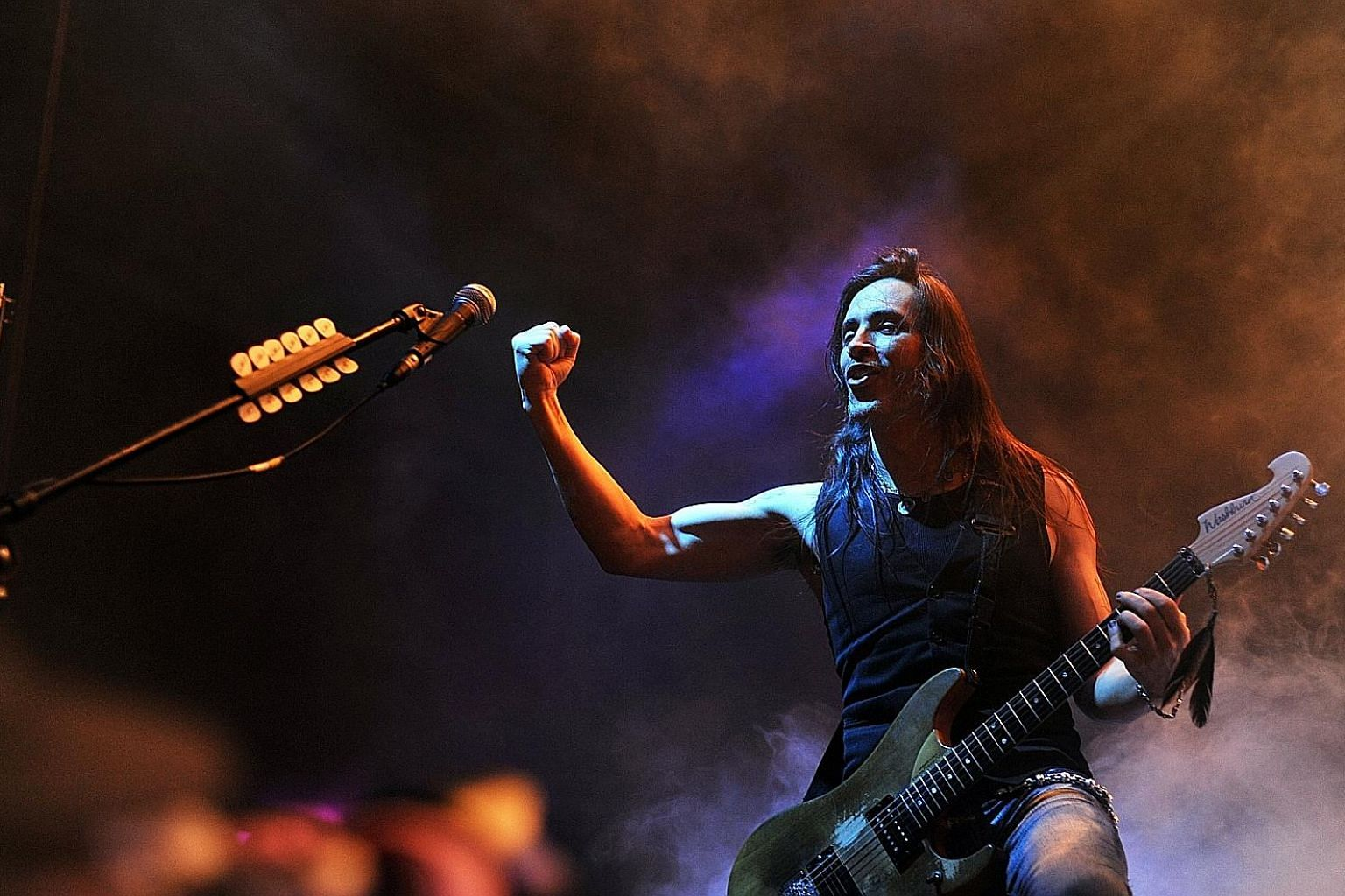 Portuguese guitarist Nuno Bettencourt was funny and prone to making self-deprecating jokes.