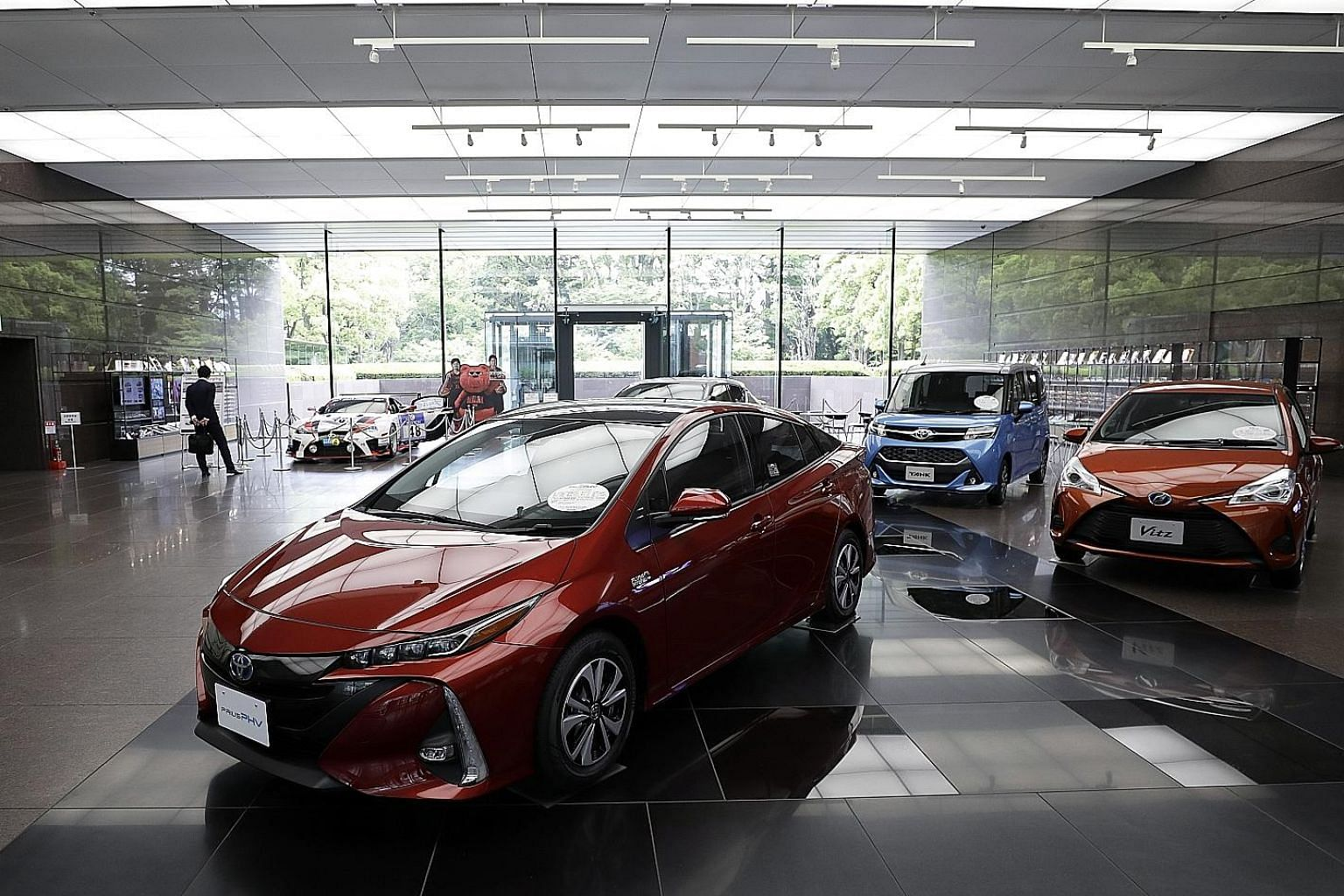 Toyota posted a net profit of 1.83 trillion yen (S$22.7 billion) on slightly lower revenue of 27.6 trillion yen in the recently ended year to March.