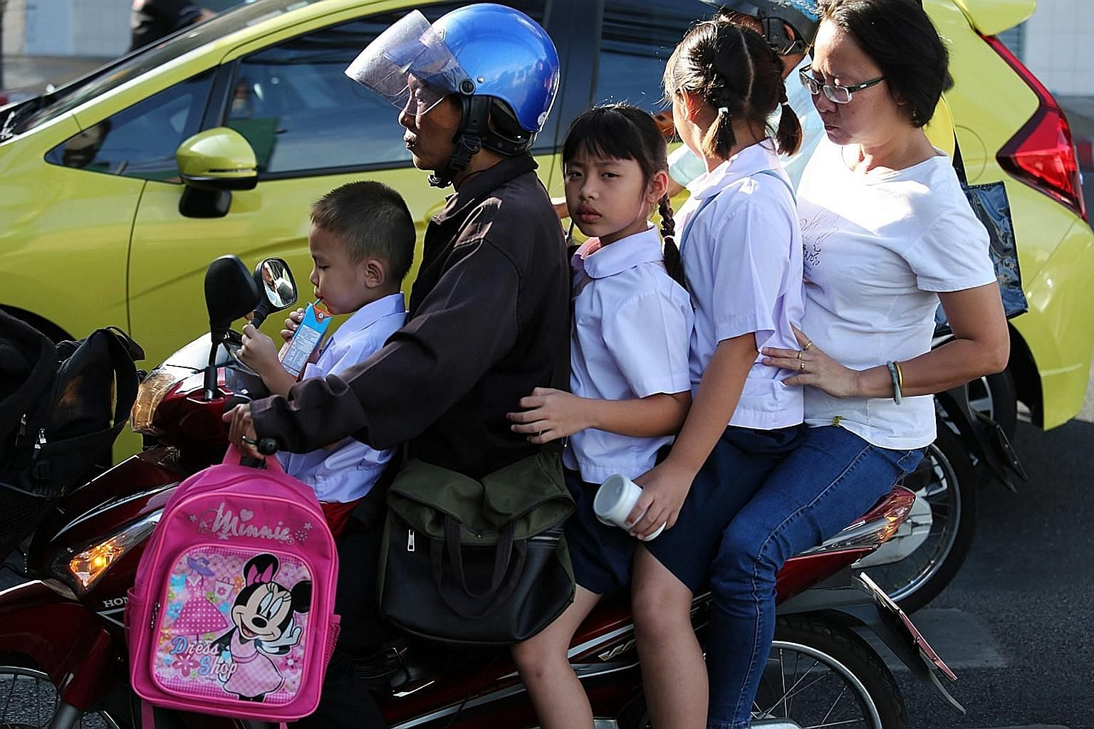 Unsafe motorbike-riding practices, including children and pillion riders not wearing helmets, are said to be a common sight in Thailand, especially in the provinces. A 2015 study reported that most motorbike deaths were due to fatal head injuries amo