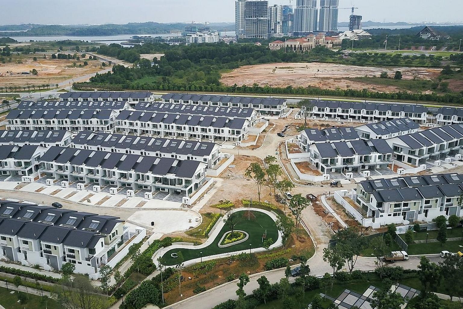 UEM Sunrise's Estuari Gardens in Iskandar Puteri. UEM regards the hype generated by the huge Chinese investment as a bonus as it has raised awareness of the Iskandar Malaysia development, and given its own projects a lift.
