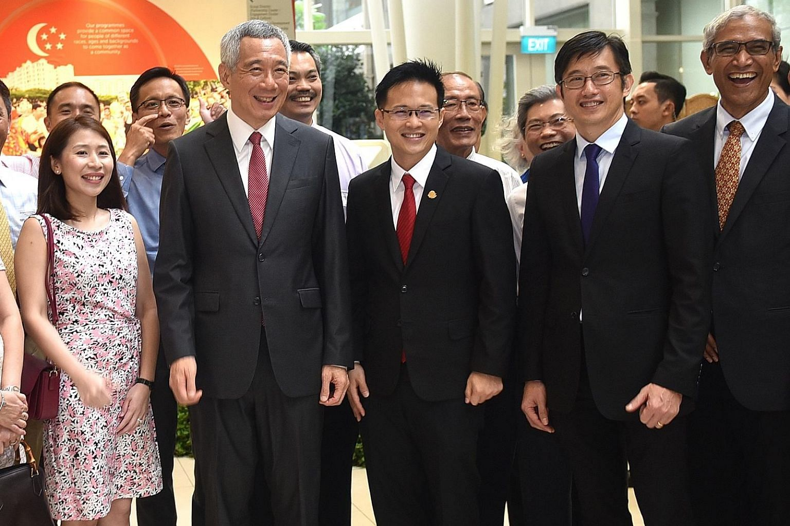 At yesterday's swearing-in ceremony for mayors helming the five CDCs were Prime Minister Lee Hsien Loong and (from his left) incoming mayor for North East District Desmond Choo, outgoing mayor Teo Ser Luck and former North East District mayor Zainul
