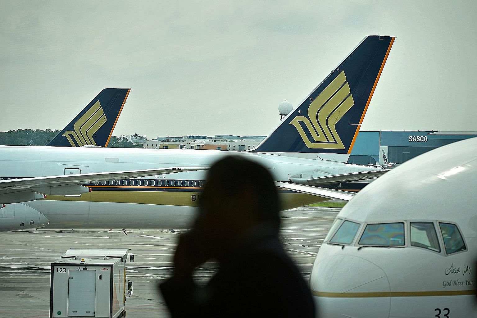 SIA could offer flights that get passengers to their destination in the fastest and most direct way possible. Another draw would also be flights that arrive and depart at less unearthly hours.