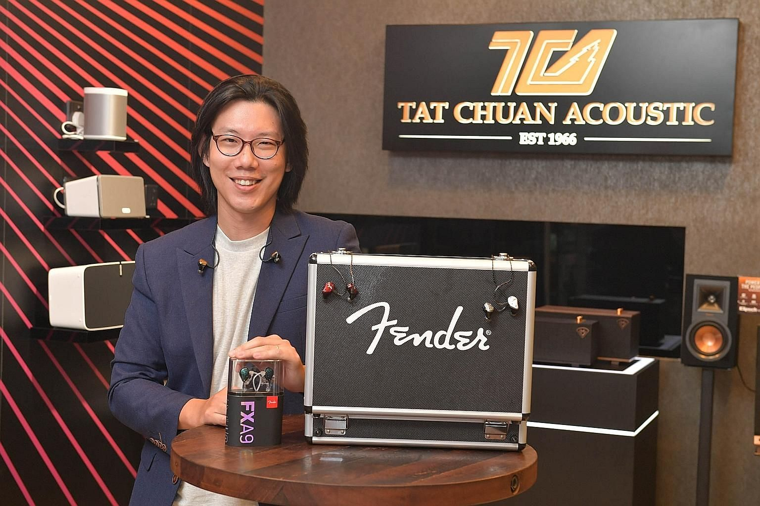 Back in 2004, Mr Mah Chern Wei was selling high-end, custom-made electric basses. In 2012, he asked Aurisonics founder Dale Lott if he could represent its products in Singapore and became the first person to manage the regional retail business for th