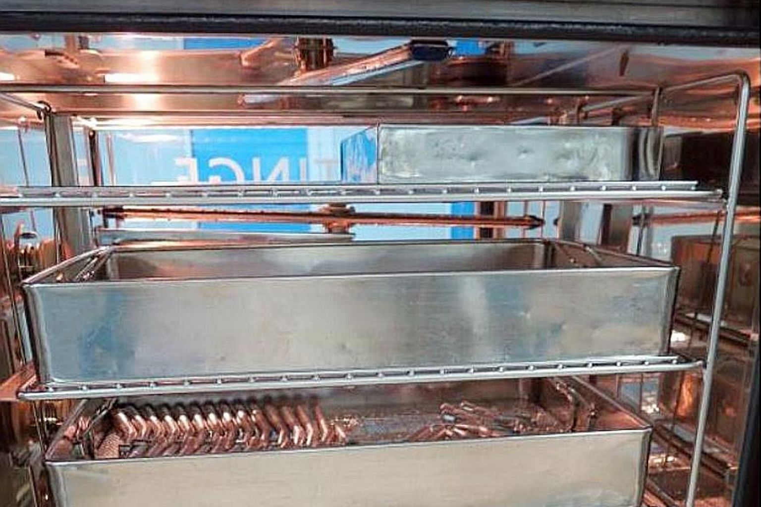 The first two steps of the sterilisation process take place in a thermal disinfector, where dental instruments are washed and then thermally disinfected through a process that removes close to 100 per cent of organisms. Thermal disinfection takes pla
